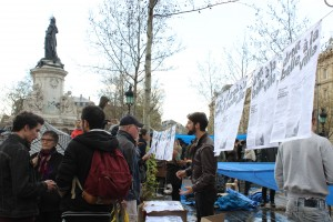 13 abril stand colectivo nuit debout