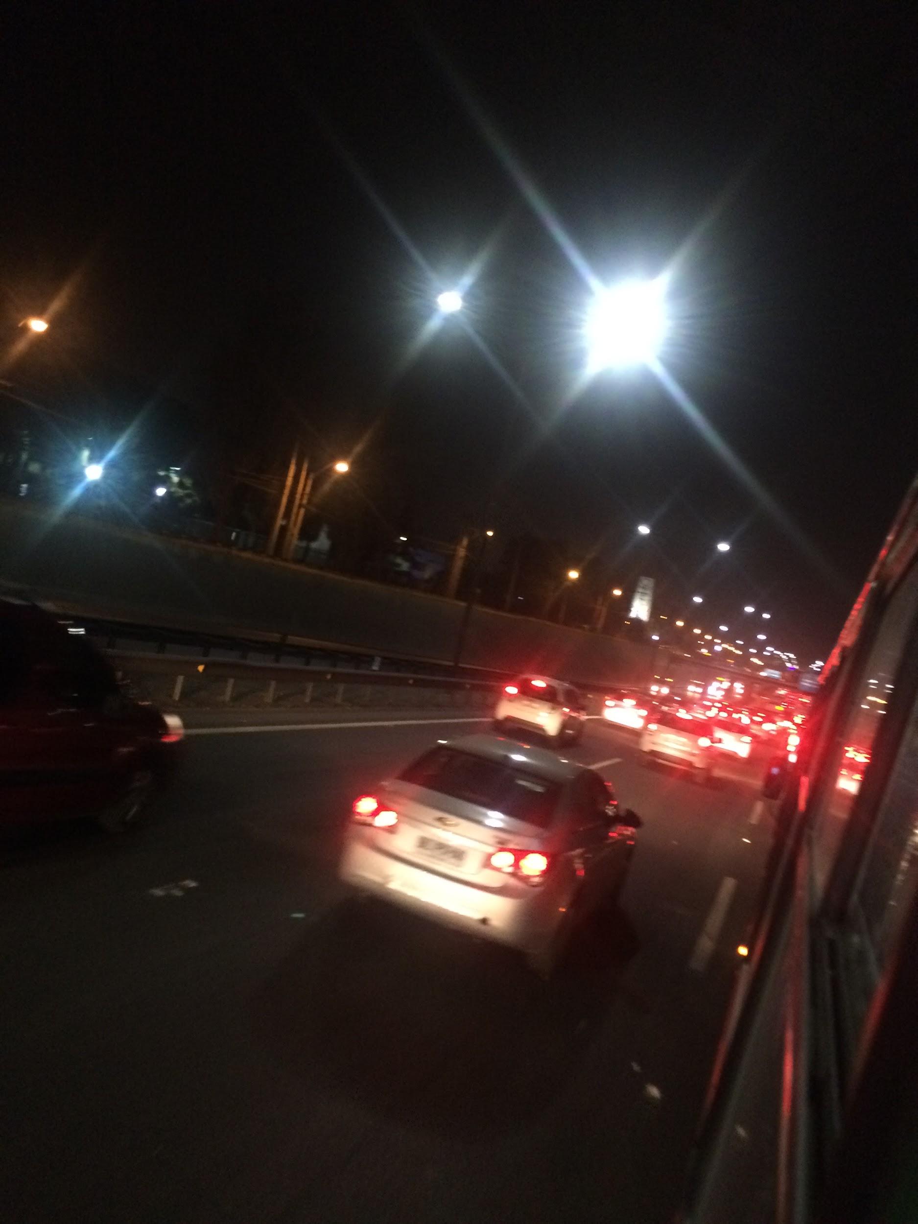 Autopista Vespucio Norte en dirección al acceso suroriente de Quilicura. 20:50 horas.