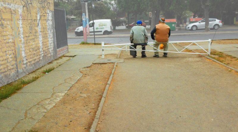 Envejecer en la miseria: Una de las causas de los suicidios en Chile