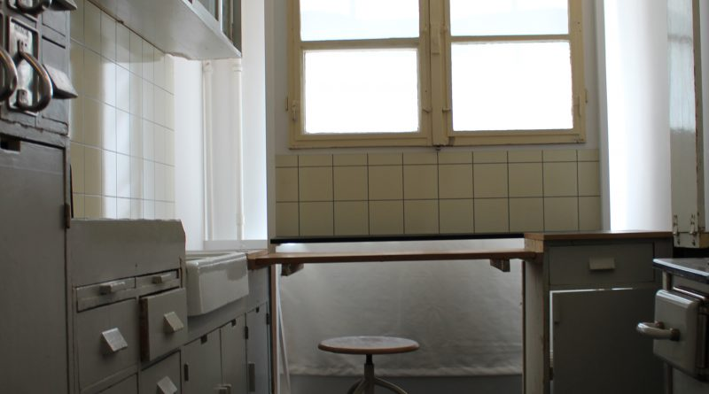 Imagen 2 Cocina Frankfurt en el Museum der Dinge, Berlín. Fotografía Rodrigo Vera M.