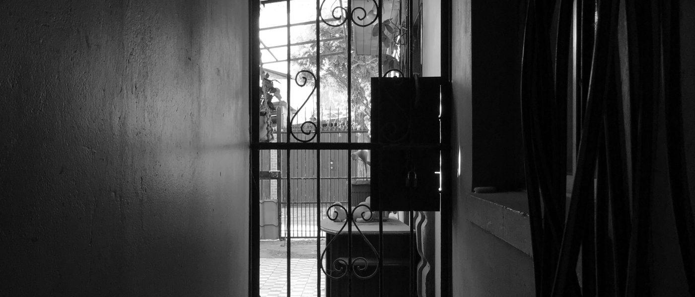 Foto-ensayo #encasa: La pérdida en pandemia
